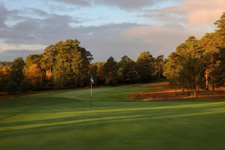 The 14th at The Berkshire Golf Club Blue.