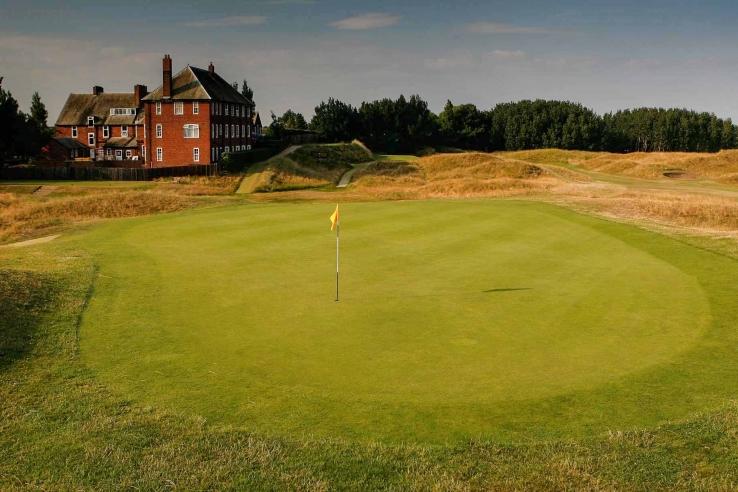 The 2nd green at Hesketh Golf Club.