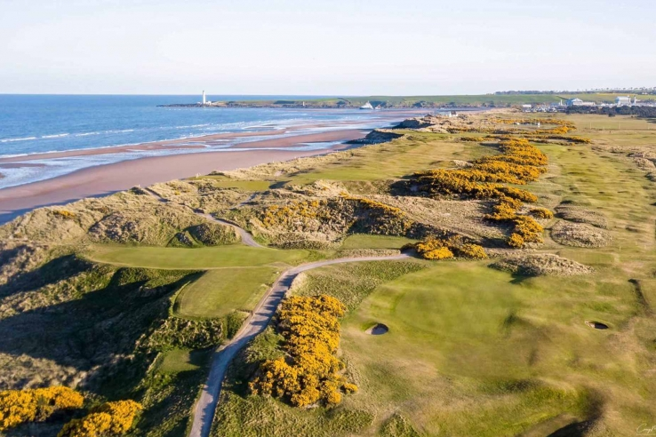 An aerial view of Montrose Golf Links.