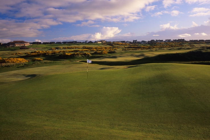 The gentle rolls of links land at Cruden Bay Golf Club.