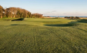 The Valley of Sin commonly seen on Tom Simpson courses here shown at North Foreland Golf Club.