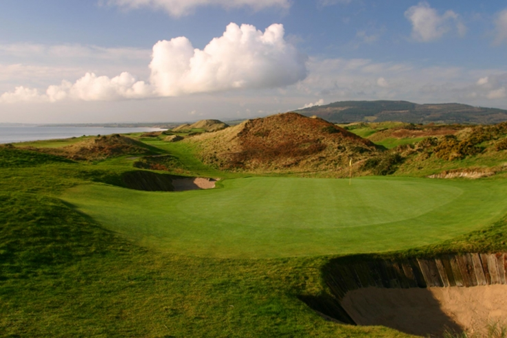 The 14th hole on TEC links in County Wicklow Ireland.