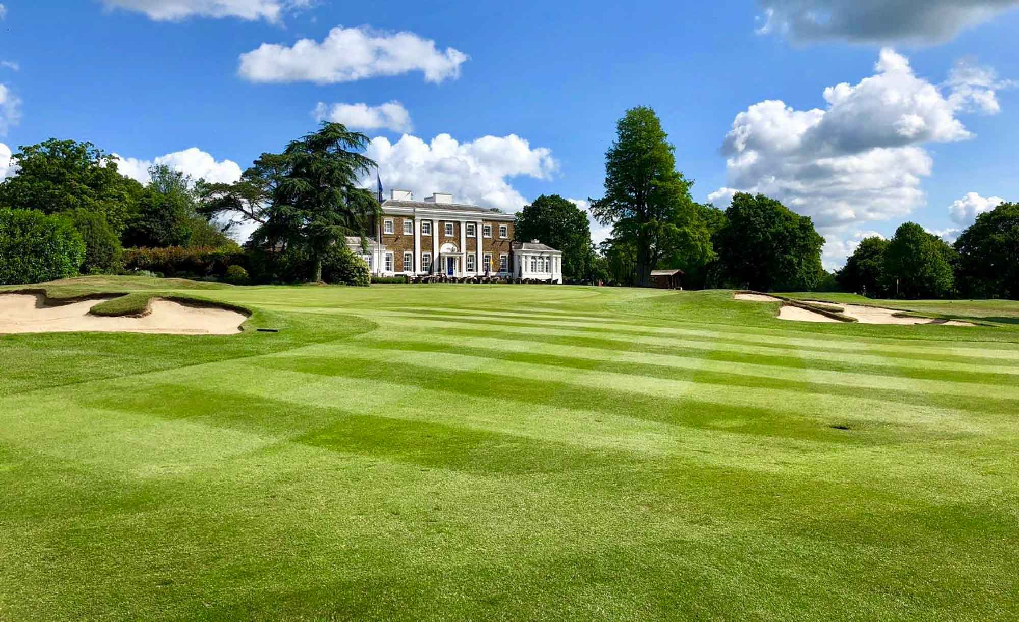 A photo of the clubhouse at the Hadley Wood Golf Club.