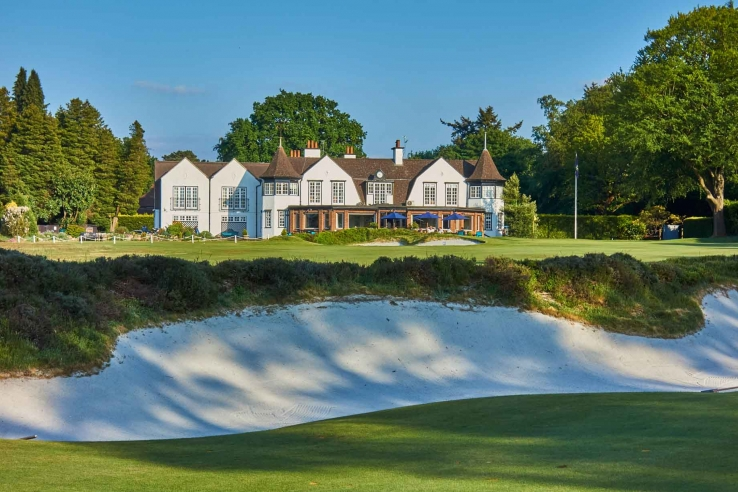 The white sand and clubhouse at Hindhead Golf Club.