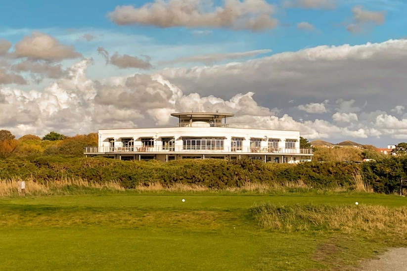 A photo of the Art Deco Clubhouse.