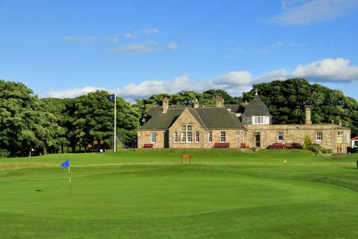 A photo of the Longniddry Golf Club clubhouse.