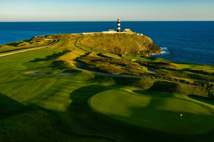 The lighthouse at Old Head Golf Links.