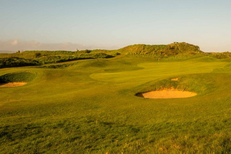 The 14th hole at Pyle & Kenfig GC in Wales.