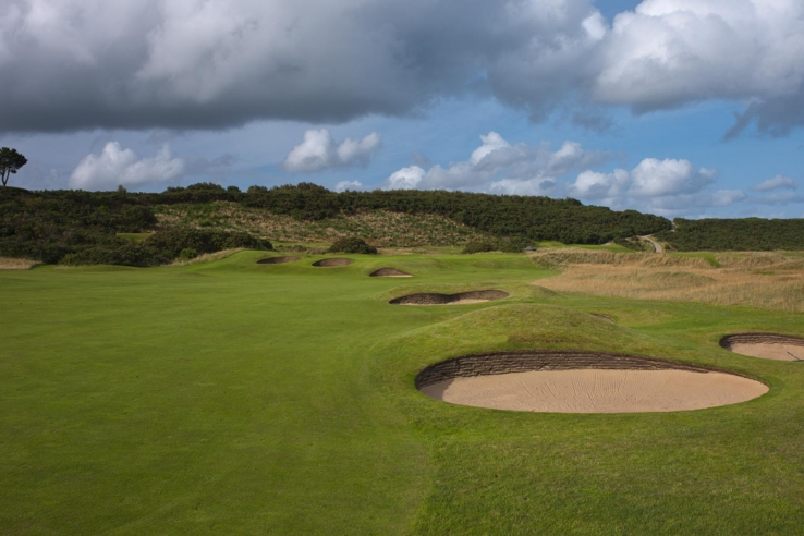 The thick revetments at Royal Dornoch.