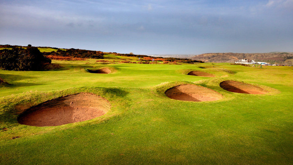 A greensite and bunkers at Southerndown Golf Club.