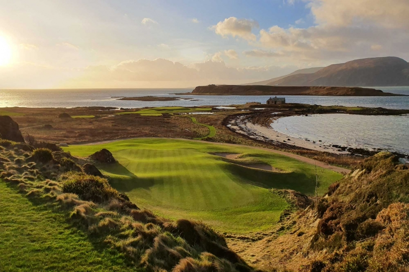The beauty of Arfin Golf Course on the Isle of Jura is magnificent.