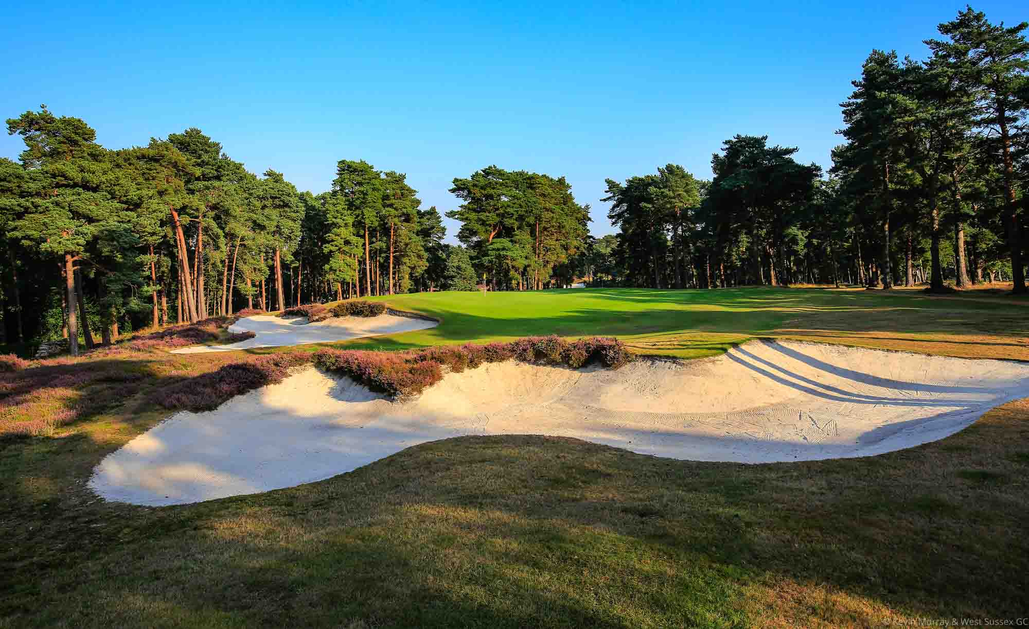 A photo of the characteristic bunkers.