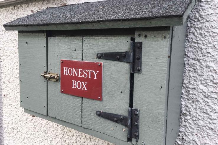The honesty box at Bridge of Allan Golf Course.