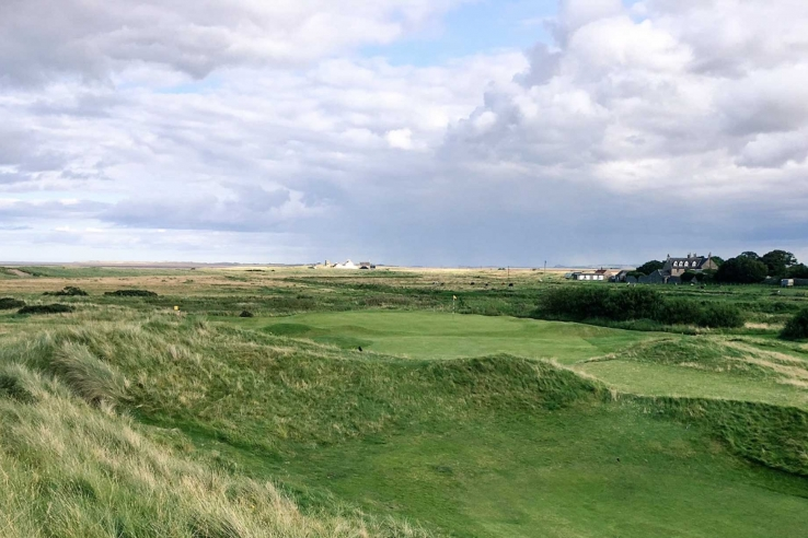 A photo showing the links at Goswick Golf Club.