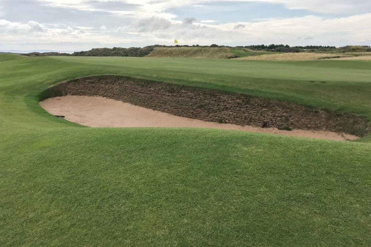 Bunker shapes at Muirfield are organic and fluid.