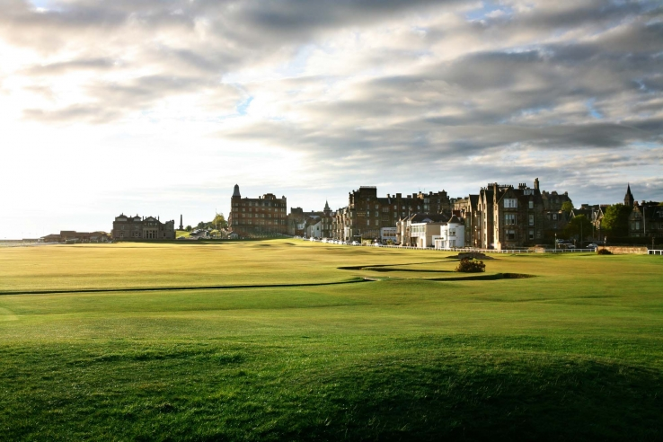 A photo of the 18th The Old Course St Andrews.