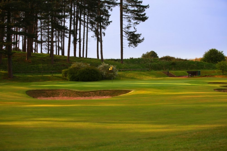 The 7th green at Hillside Golf Club.