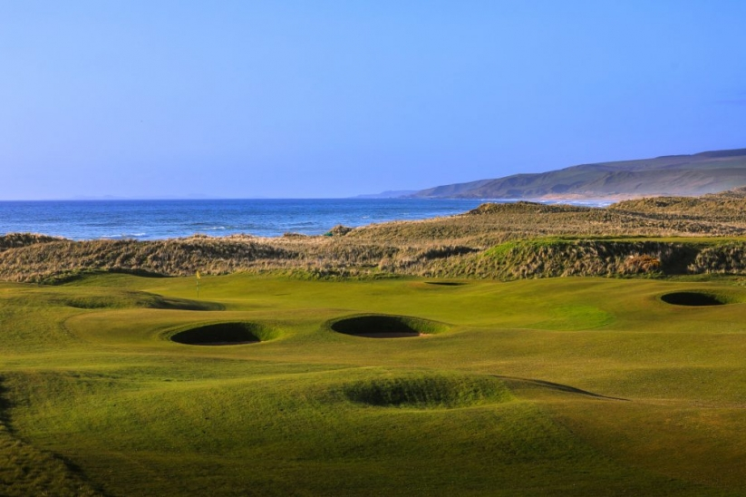 The sly pot bunkers at Machrihanish Golf Club.