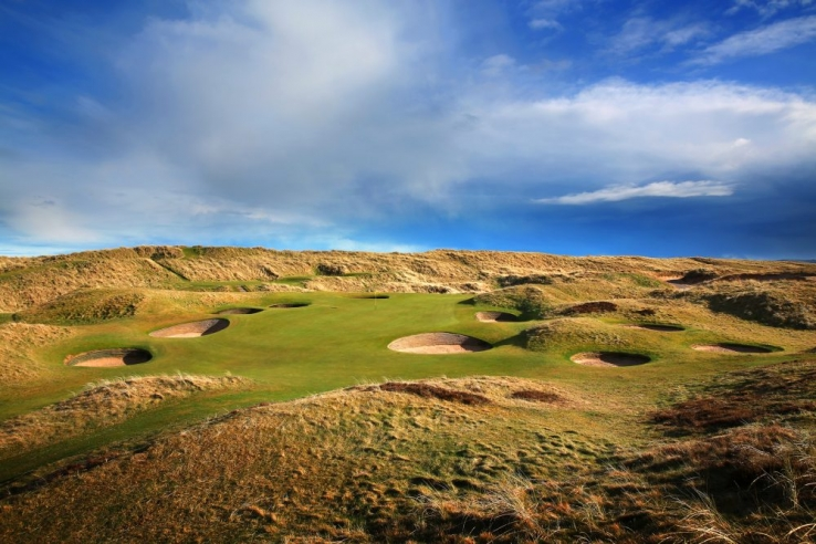 The 8th hole at Royal Aberdeen Golf Club.