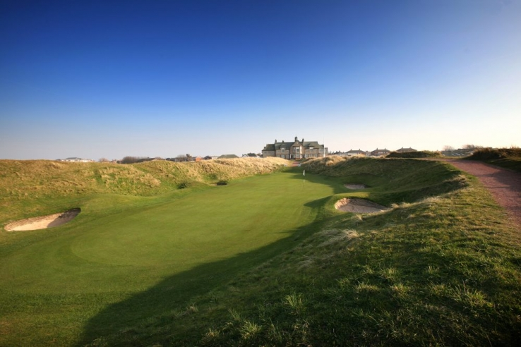 Te world famous 9th hole at ST ANNES OLD LINKS GOLF CLUB.