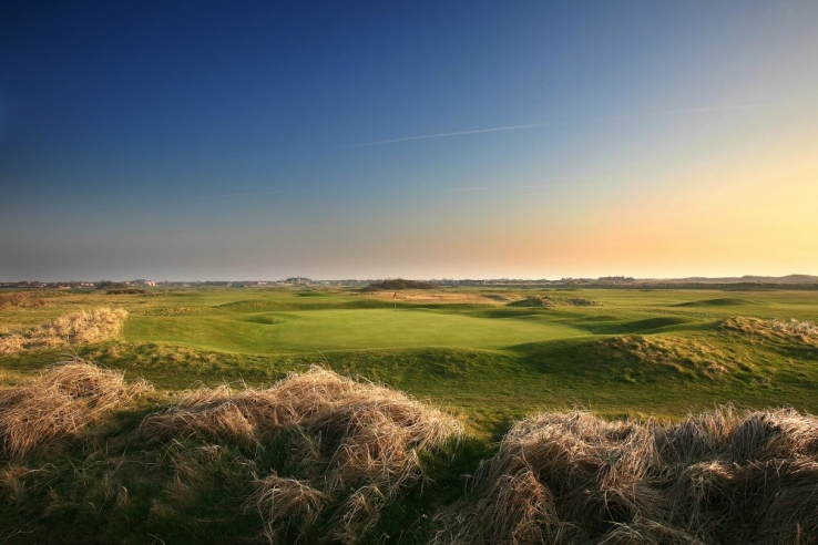 The links golf course in North West England known as ST ANNES OLD LINKS GOLF CLUB.