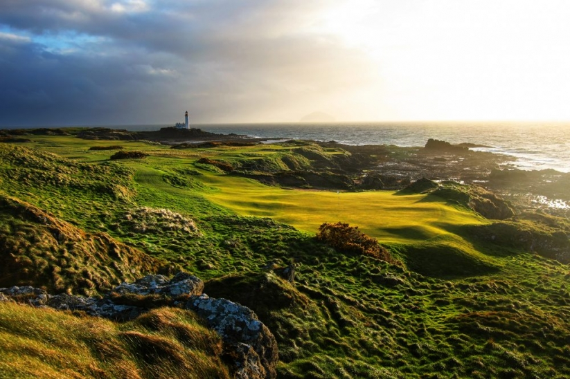 A photograph of the 11th hole at Trump Turnberry.
