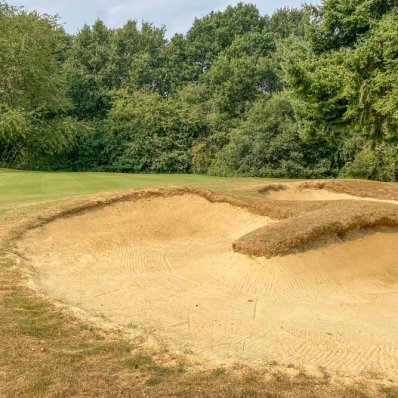 Tongued bunkers at Haste Hill Golf Club in North West London