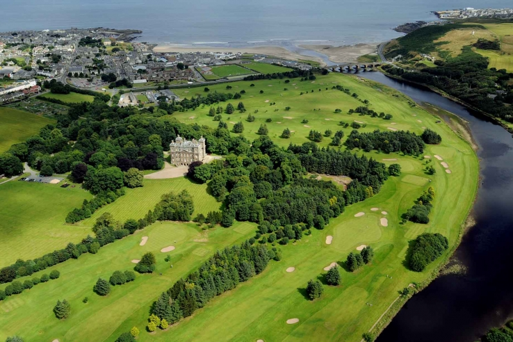 An aerial photo of the Duff House Royal Golf Club.