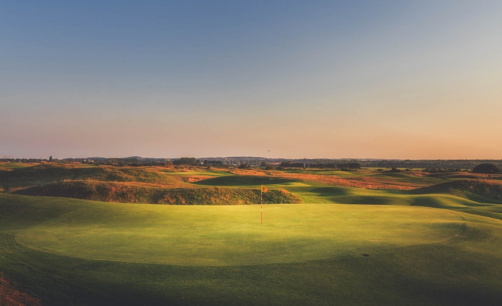 The green on the short the short 6th Royal Cinque Ports.